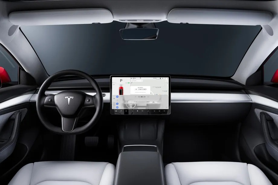 Tesla starts using in-car camera for Autopilot driver monitoring